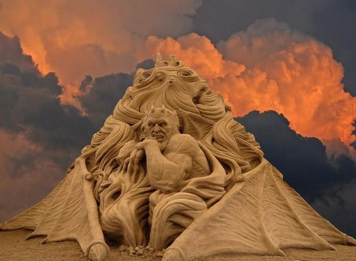 Божественная комедия: ад в песке Рэя Виллафейна