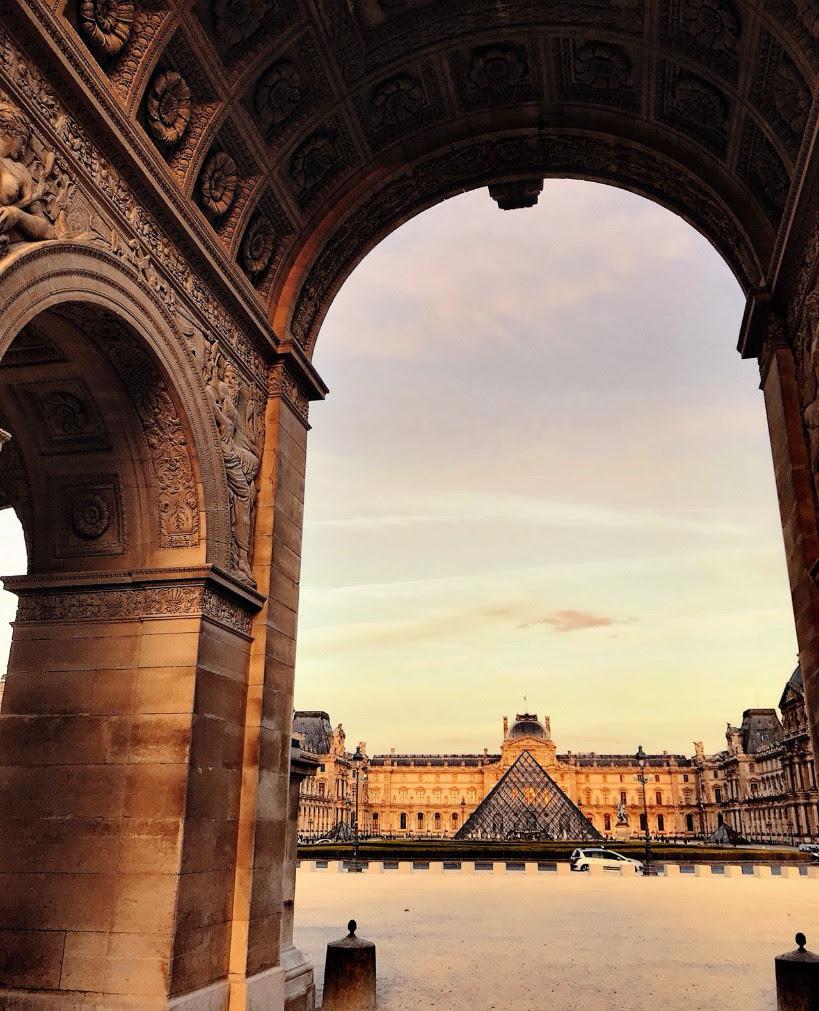 Louvre Paris Mania