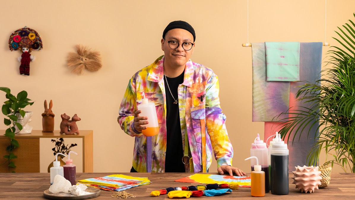Teñido tie dye: llena de color tus prendas thumbnail