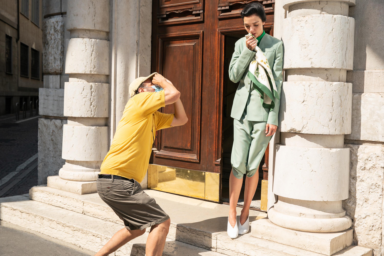 62a7ee6b 55fc 4599 9c69 f7649187521e - Luca Guadagnino dirige el fashion film de Salvatore Ferragamo Primavera/Verano 2021
