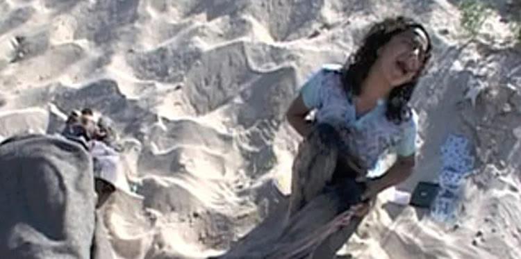 Sobreponerse al dolor: Niña ícono de masacre en playa de Gaza se gradúa de la Universiad