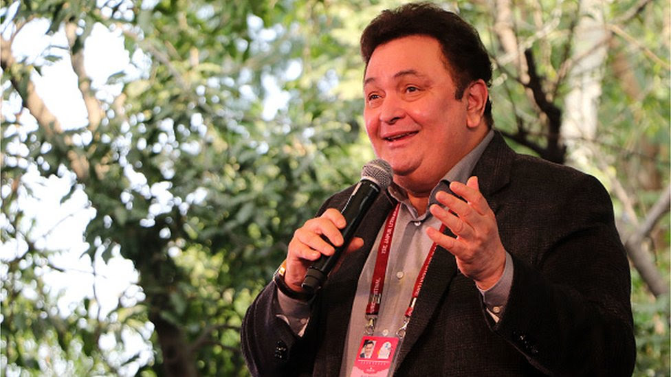Rishi Kapoor: Bollywood's romantic hero dies at 67