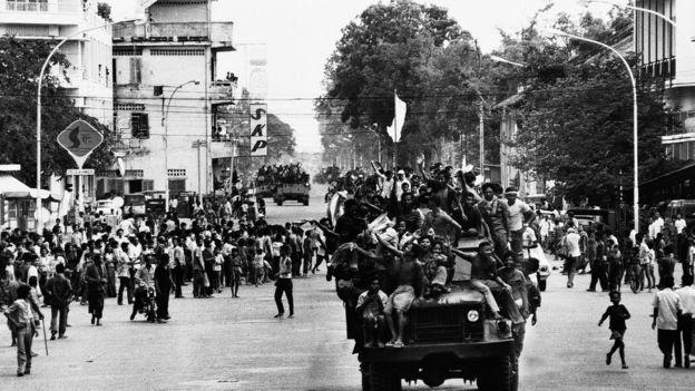 Khmer Đỏ tiến vào Phnom Penh ngày 17/4/1975, và còn cầm quyền ở Campuchia đến năm 1979