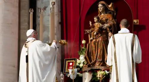 El Papa Francisco anima a seguir el ejemplo de los 7 nuevos santos