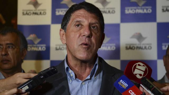 Justiça manda gerente de farmácia pagar R$ 11 mil por vazar receita de David Uip