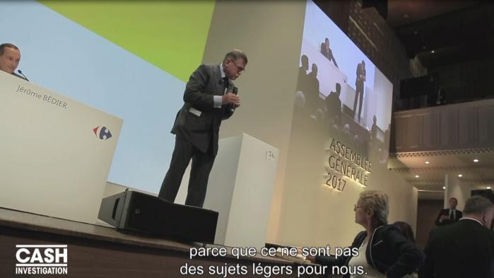 """VIDEO. """"Cash Investigation"""". Elise Lucet interpelle Carrefour sur sa filière coton (et se fait insulter par les actionnaires)"""