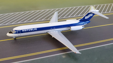 Douglas DC-9-32 Republic N908H