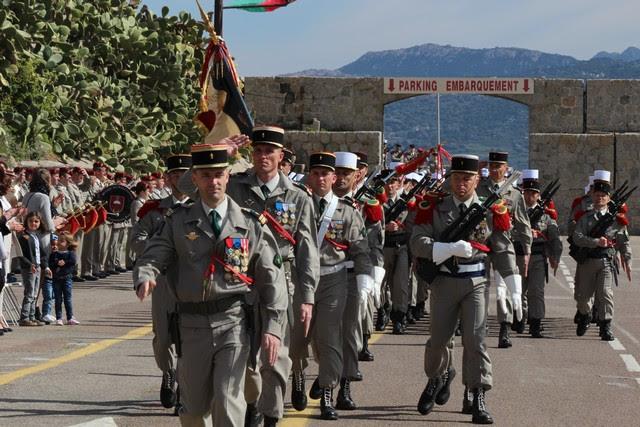 Prise d'armes et défilé en ville pour le cinquantenaire de l'arrivée du 2e REP à Calvi Gal-4499523