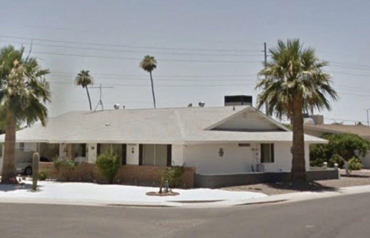 10349 W Caron Dr, Sun City, AZ 85351 active adult 55+ community wholesale house