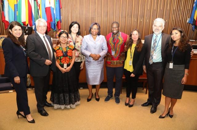 OPS adopta nueva política sobre etnicidad y salud
