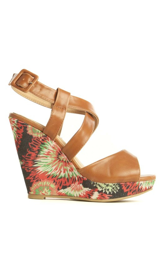 RemiPatterned Wedge Sandals in Tan