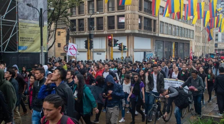 protestas-bogota-marchas-matthieu-castelbajac