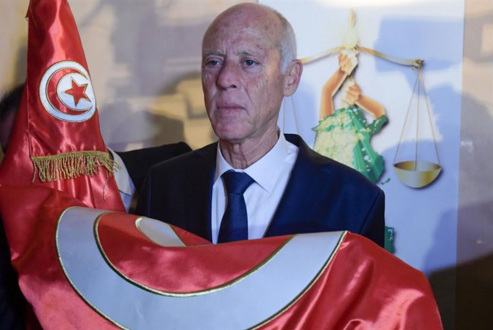 تونس: سعيّد يمهّد للاستفتاء الدستوريّ