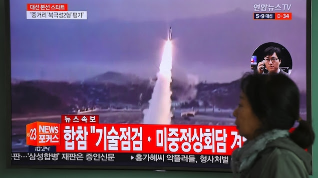 Near-Imminent War: North Koreans Evacuate Their Capital!