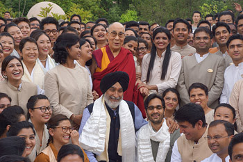His Holiness the Dalai Lama with staff and guests of the Vana Retreat Centre in Dehradun, Uttarakhand, India on April 6, 2016. Photo/Jeremy Russell/OHHDL