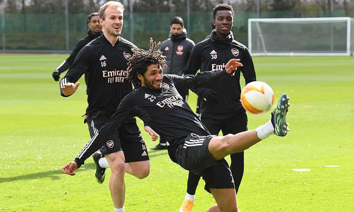 Arsenal running and kicking, earlier.