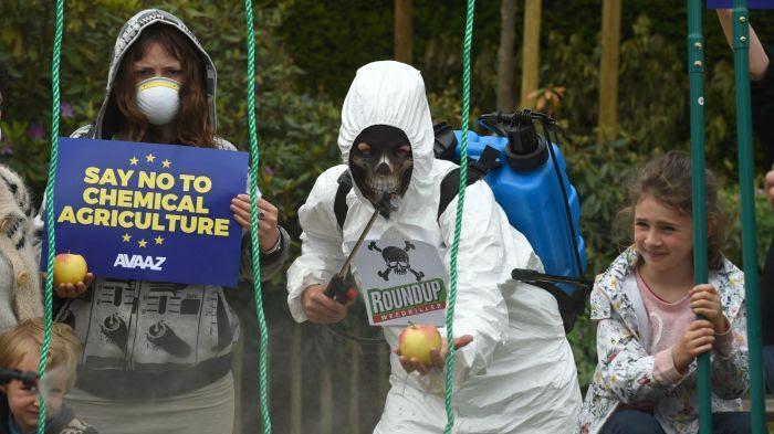 Glyphosate : Paris votera contre la réautorisation dans l'UE