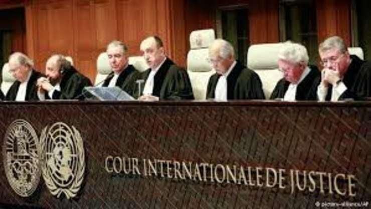 """Apel solemn al Supraviețuitorilor Holocaustului* către Curtea Penală Internațională (CPI) pentru oprirea imediată a """"vacinării"""" anti-covid."""