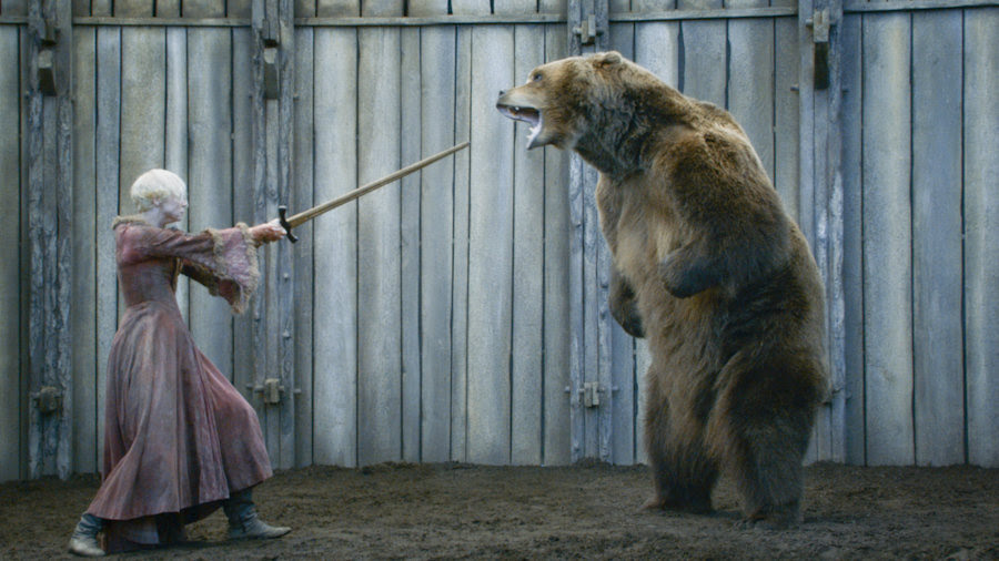 Bear-and-Gwendoline-Christie-in-GAME-OF-THRONES-Episode-3_07-The-Bear ...