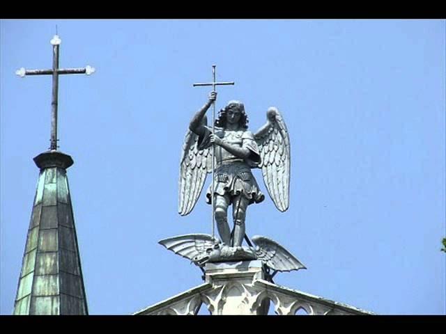 Koronka Uwielbienia Boga ze Świętym Michałem Archaniołem i Chórami Aniołów  - YouTube