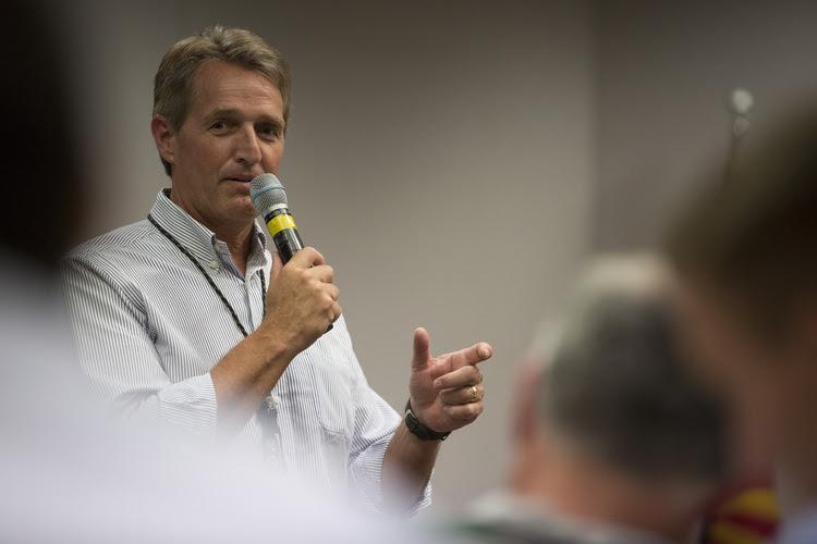 Sen. Jeff Flake holds a town hallin Tonopah, Ariz. (Caitlin O'Hara for The Washington Post)