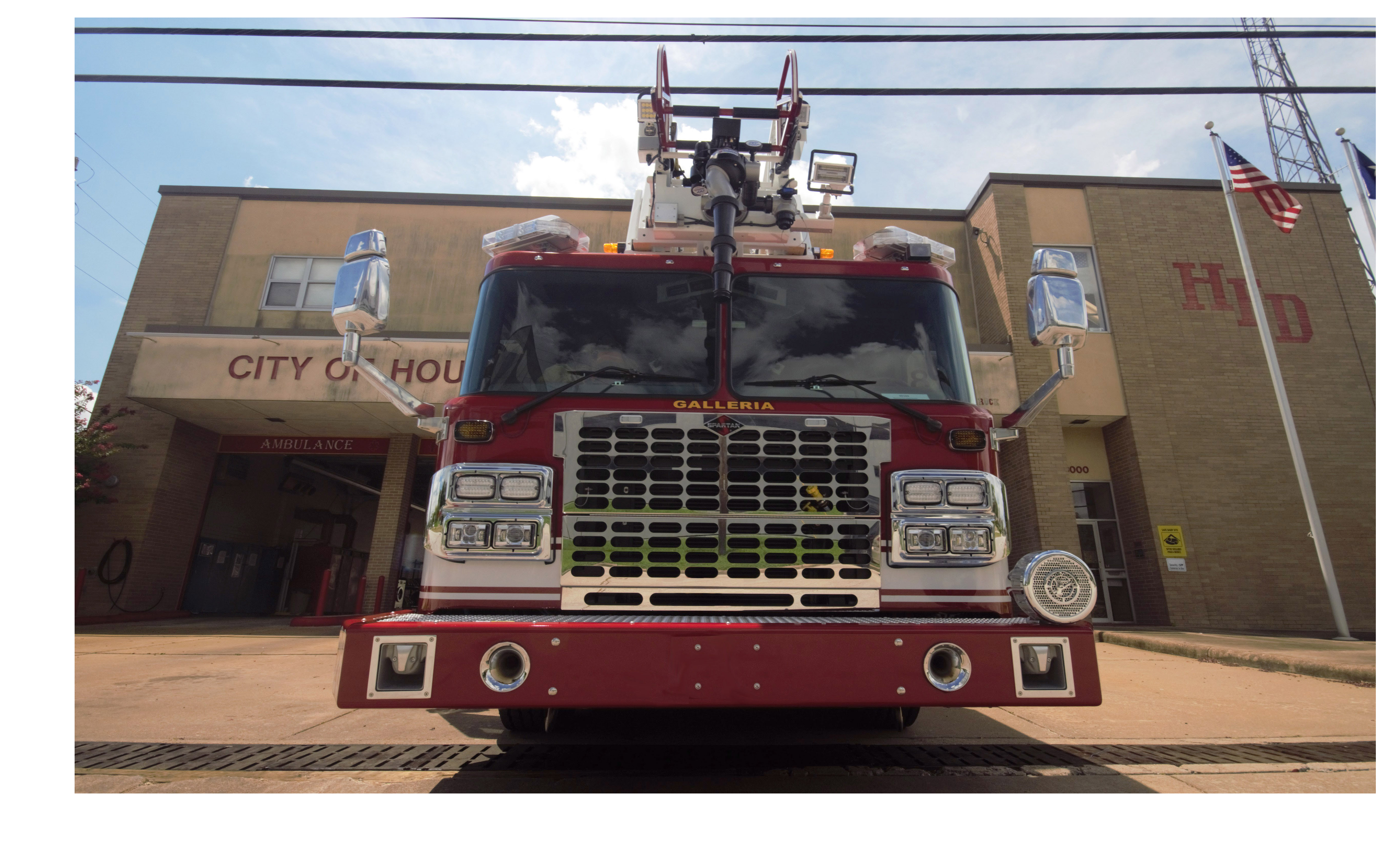HFD Ladder 28 front view in front of fire station