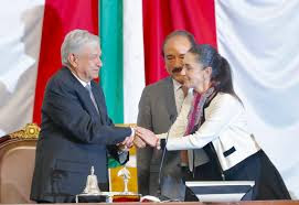 Acompaña presidente Andrés Manuel López Obrador a Claudia Sheinbaum Pardo a  rendir protesta como Jefa de Gobierno – Presidente de México