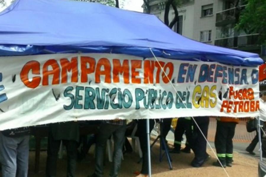 Petrobras deja sin efecto convenios y trabajadores definen si inician huelga de hambre