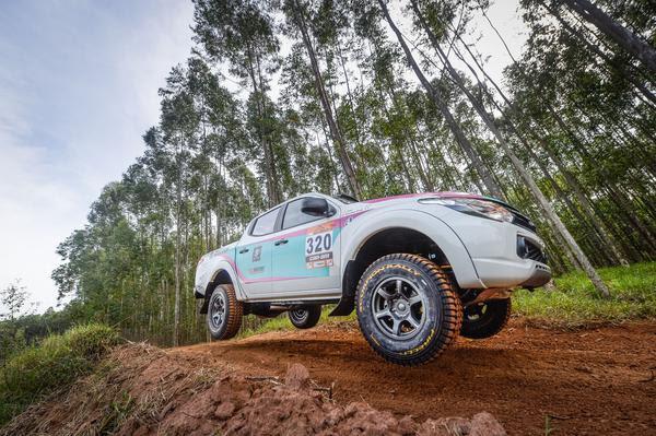 Dupla #320 estreando o novo carro no Rally Cuesta Off-Road (Gustavo Epifânio/DFotos)