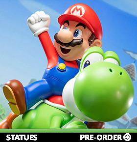 Super Mario Mario & Yoshi Statue