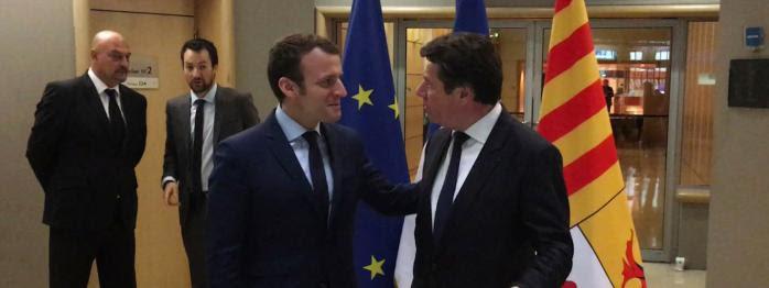 """la rencontre Macron-Estrosi critiquée, Fillon pas économe, les """"caravanes Hamon"""" du revenu universel..."""