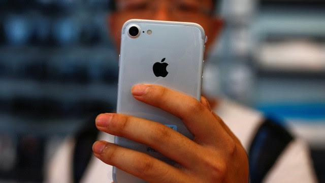 Bateria do iPhone mais fraca? Veja como saber