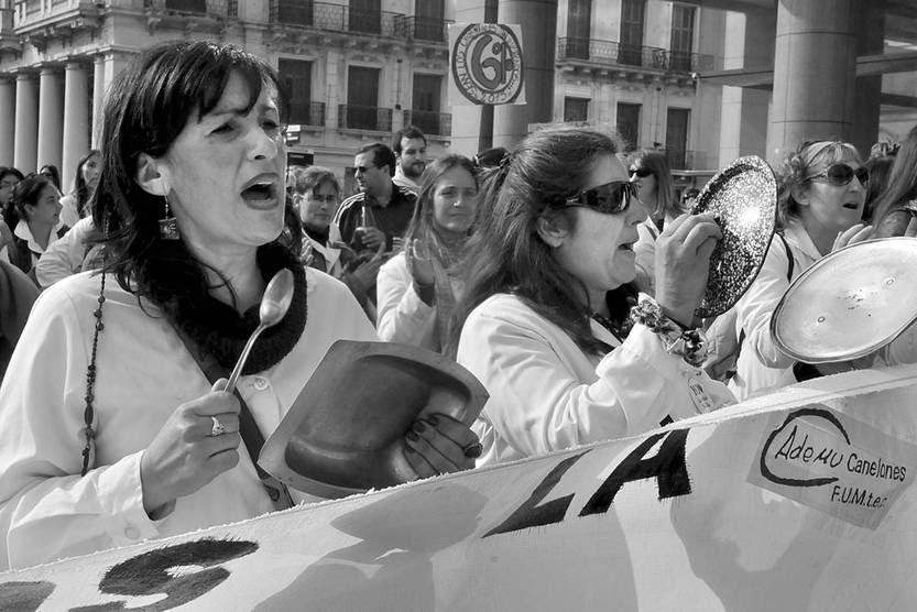Concentración de maestros, ayer, frente a la Torre Ejecutiva. Foto: Federico Gutiérrez