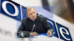Mons. Janusz S. Urbańczyk, Observador Permanente de la Santa Sede ante la Osce.