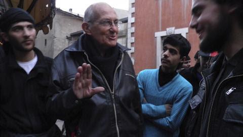 http://www.periodistadigital.com/imagenes/2014/04/07/el-jesuita-asesinado.jpg