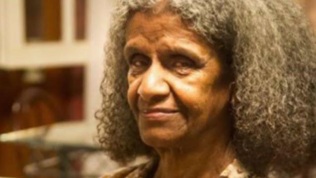 Atriz Niana Machado, a Bá de 'Pé na Cova', morre aos 82 anos