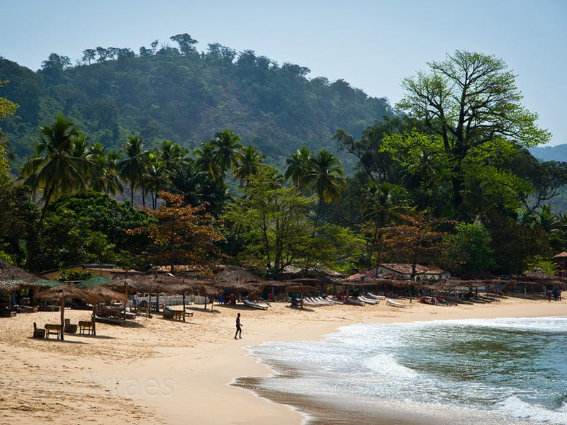 18. Sierra Leone: 44,000 tourists