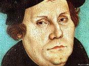 El cobro de indulgencias y el abuso del poder del papa fueron algunas de las críticas que Lutero realizó a la Iglesia católica.