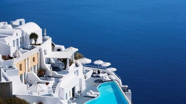 KATIKIES HOTELS IN OIA, GREECE vip hospitality