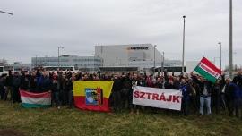 Историческая забастовка на заводе Hankook в Венгрии завершилась крупной победой VDSz