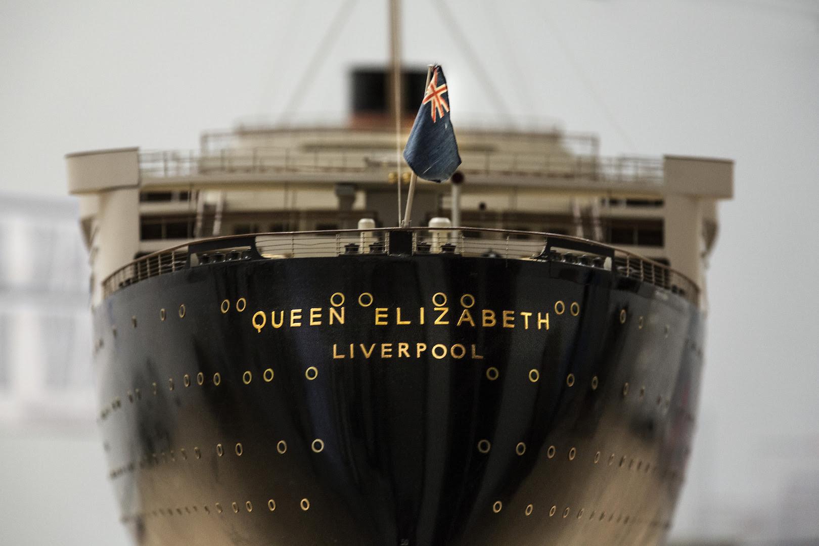 Stern detail of Bassett-Lowke LTD, Model of RMS Queen Elizabeth, 1947–1948. White mahogany, gunmetal, brass. Peabody Essex Museum, Gift of Cunard Line Ltd.. © Peabody Essex Museum. Photography by Bob Packert.