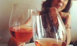 blog_woman_wine