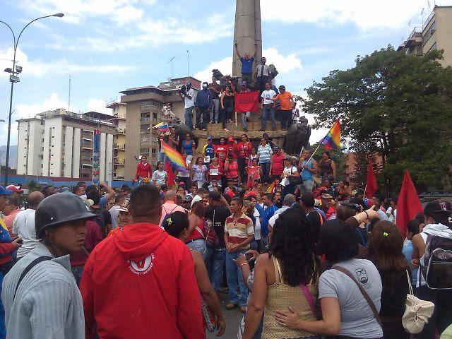 Movimientos populares de La Vega le trancaron La India a la marcha de María Corina, hartos de tanta guarimba en Montalbán