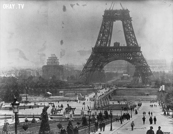 Tháp Eiffel trong quá trình xây dựng năm 1888.,bức ảnh lịch sử,khoảnh khắc lịch sử