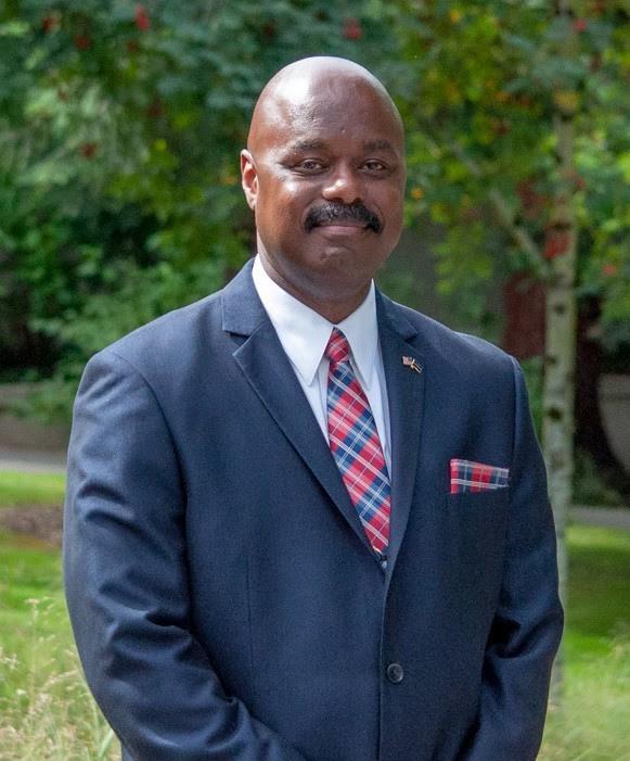 Chief Darrell Lowe