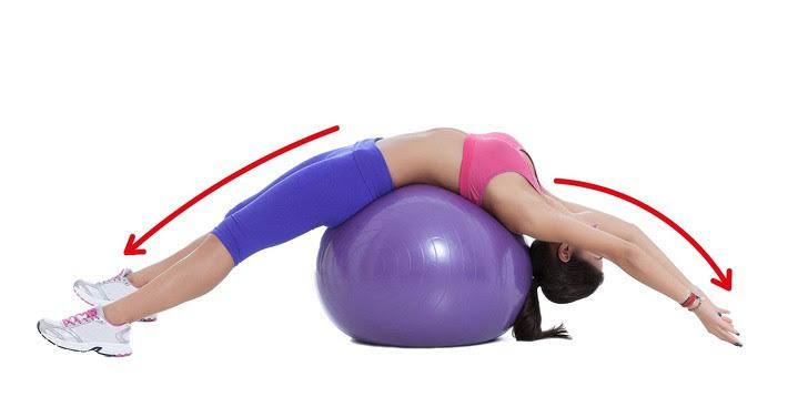 10 động tác giúp loại bỏ mỡ thừa vùng lưng và nách hiệu quả: Chị em nên tập để tự tin hơn - Ảnh 10.