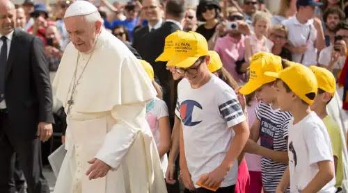 Papa Francisco a jóvenes: No destruyáis vuestra vida yendo a lo efímero, ¡elegid a Dios!