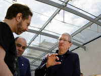 Cupertino's mayor is trying to take back his rant against Apple