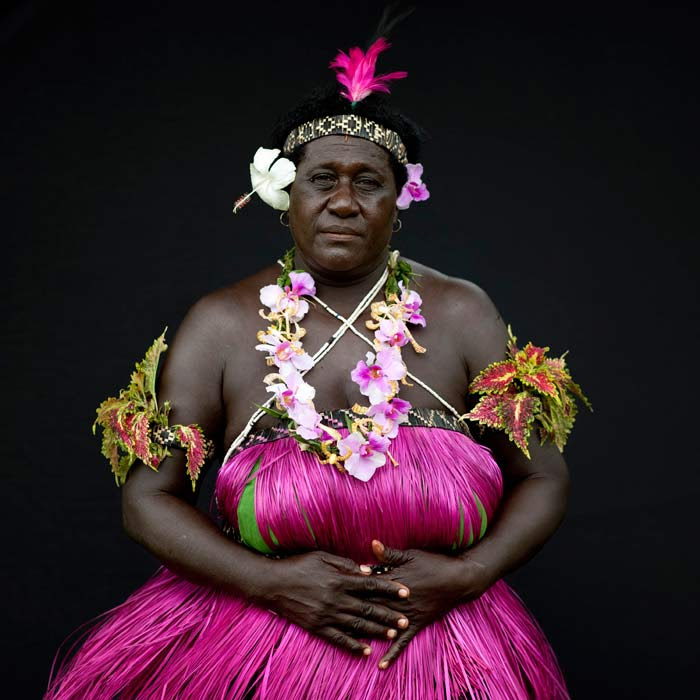 http://chicquero.files.wordpress.com/2012/03/international-womens-day-chicquero-papua-islands-2.jpg?w=800