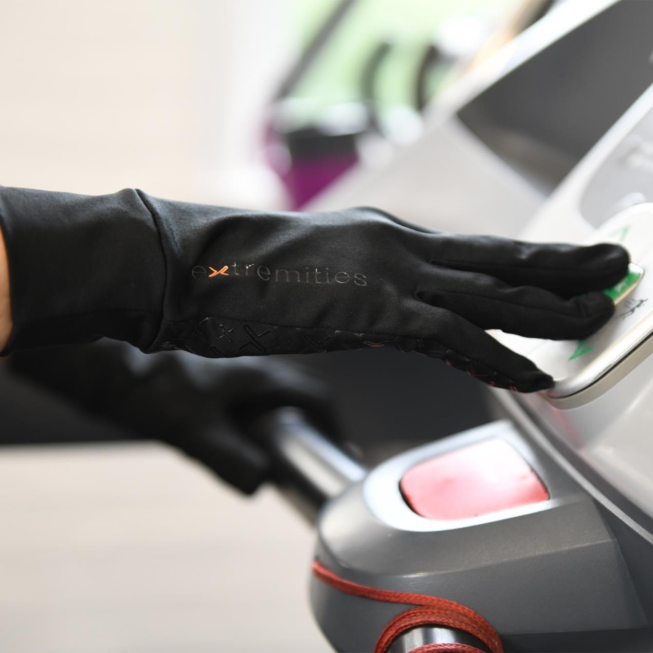 21DFG Deflect Glove Touch 1500x1500px (72dpi)